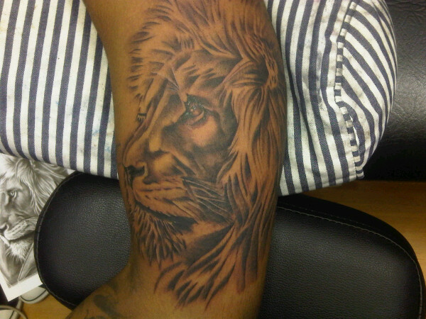 Chipmunk's Latest Tattoo. NEW TAT!!! Hakuna Matata!!! #FlyingHigh