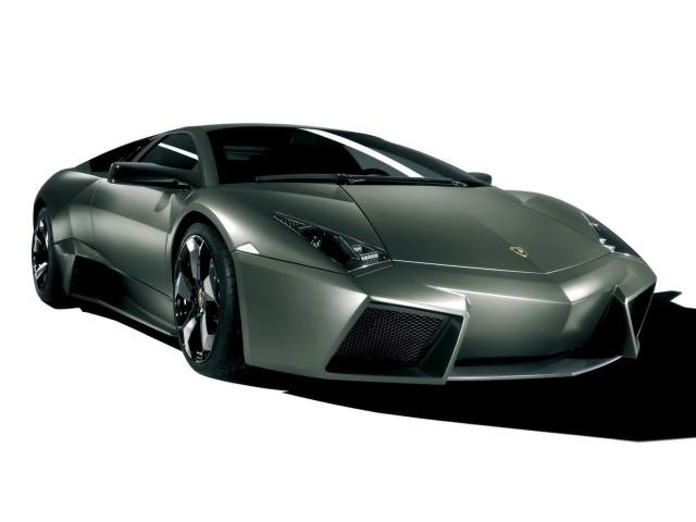 Lamborghini Reventon view