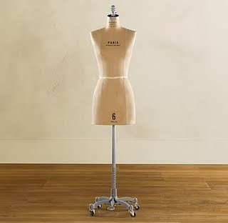 Dress Forms - Sewing Forms - Mannequins - Female Mannequins and