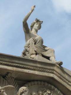 ashmolean museum statue