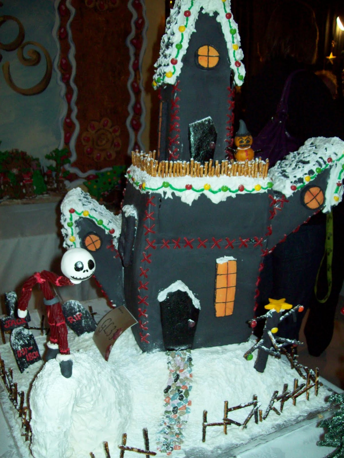 the nightmare before christmas good stuff - Nightmare Before Christmas Gingerbread House
