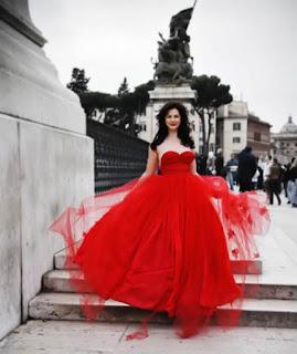 Daring Red Wedding Style