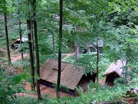 Baza 20 huts