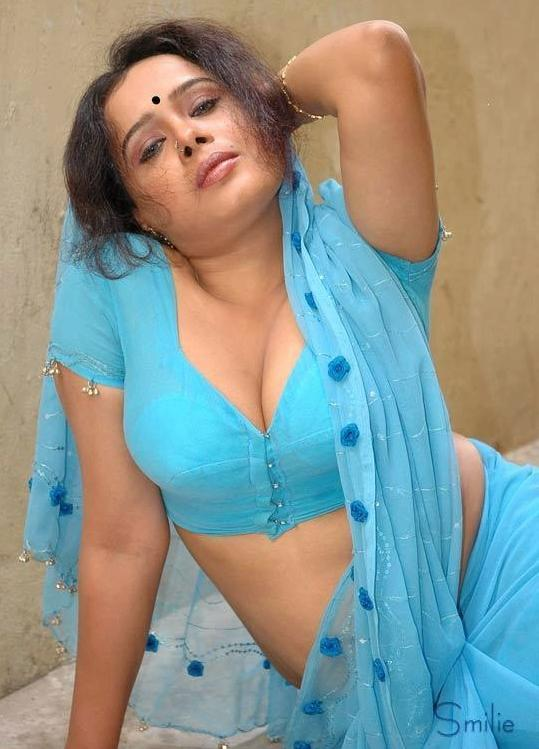 Posted under: Desi Mallu Aunty