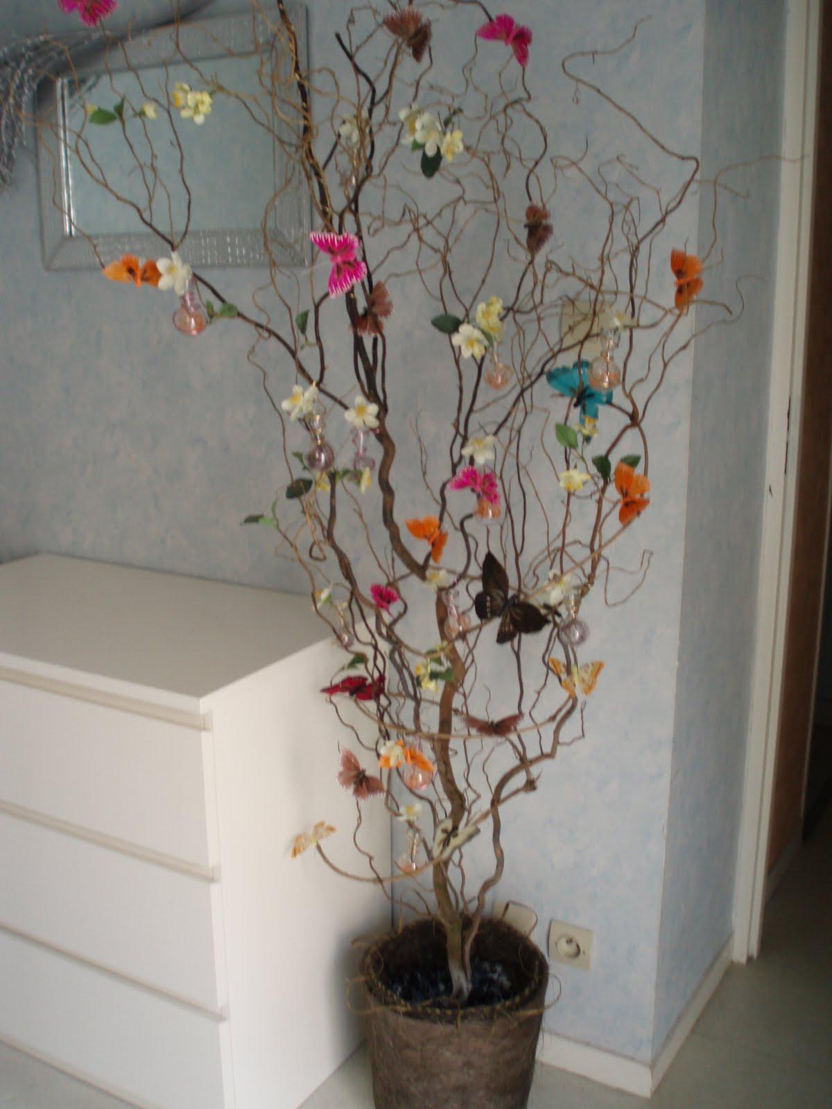 d une branche 224 l autre l arbre 224 papillons