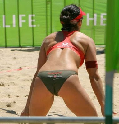 BEACH GIRLS VOLLEY BALL
