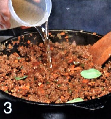 Как приготовить мясную запеканку с картофелем и овощами (шаг 3)