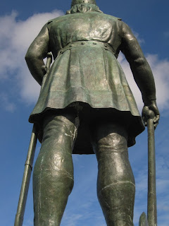 Leif Erikson Has Got Legs