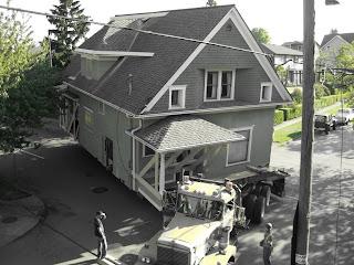 House Combin Down Fremont Avenue