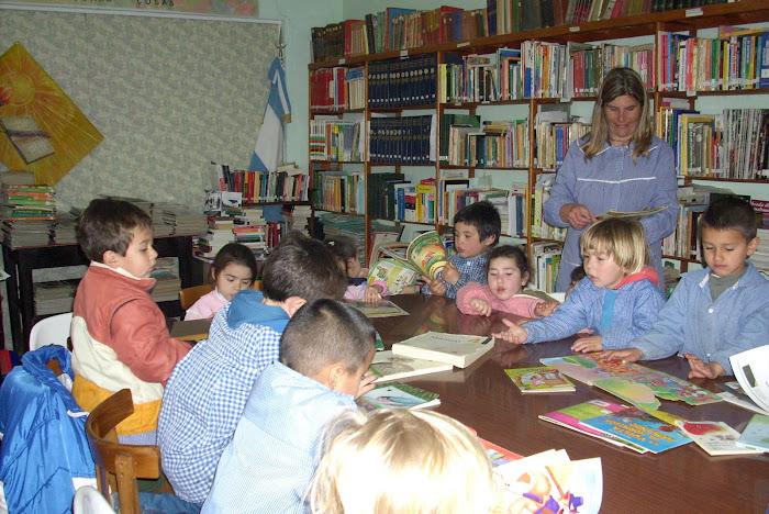 """Visitamos la Biblioteca """"Luz y Cultura"""""""