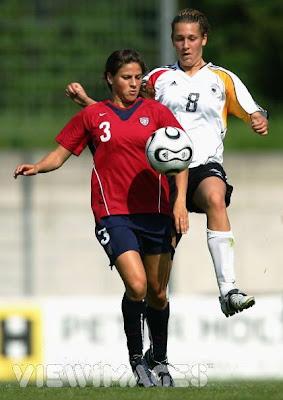 US Women's Soccer Team Mid fielder Tina DiMartino