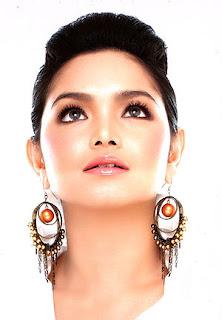 Siti Nurhaliza Wanita MP3