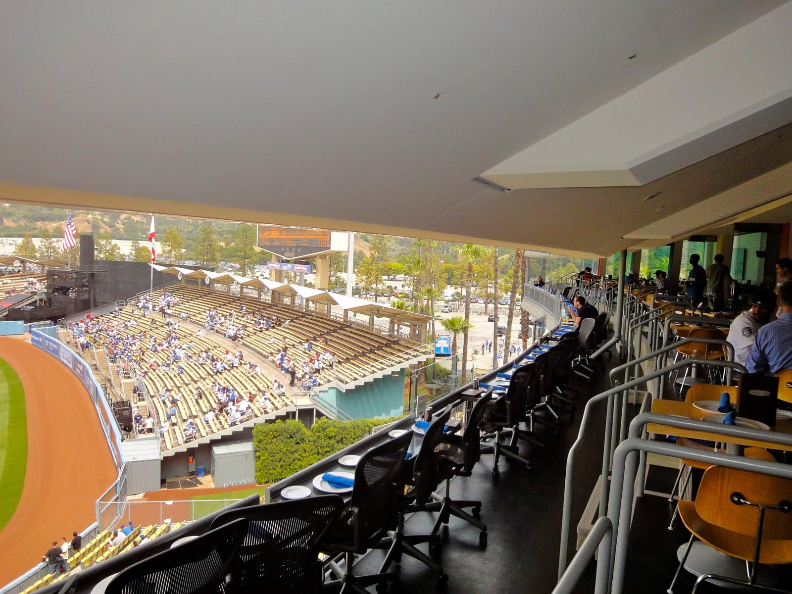 dodgers stadium opening week south park  la
