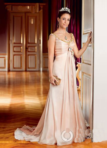 1000 Images About Evening Dresses Worn By Royalty On