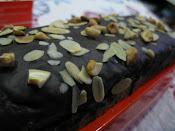 KEK PISANG TOPPING COKLAT
