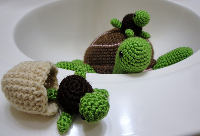 Crochet Patterns Baby Turtle : i ? amicute: a bale of turtles