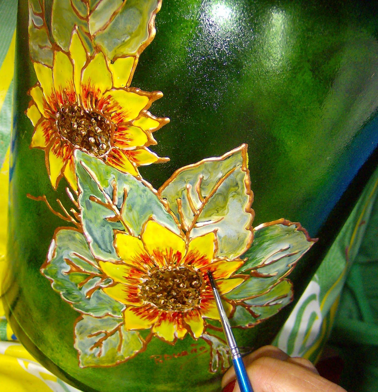 Atelier Arte e Lazer: Pintura em Vidro Decoração de Garrafão com  #C1B20A 1545x1600