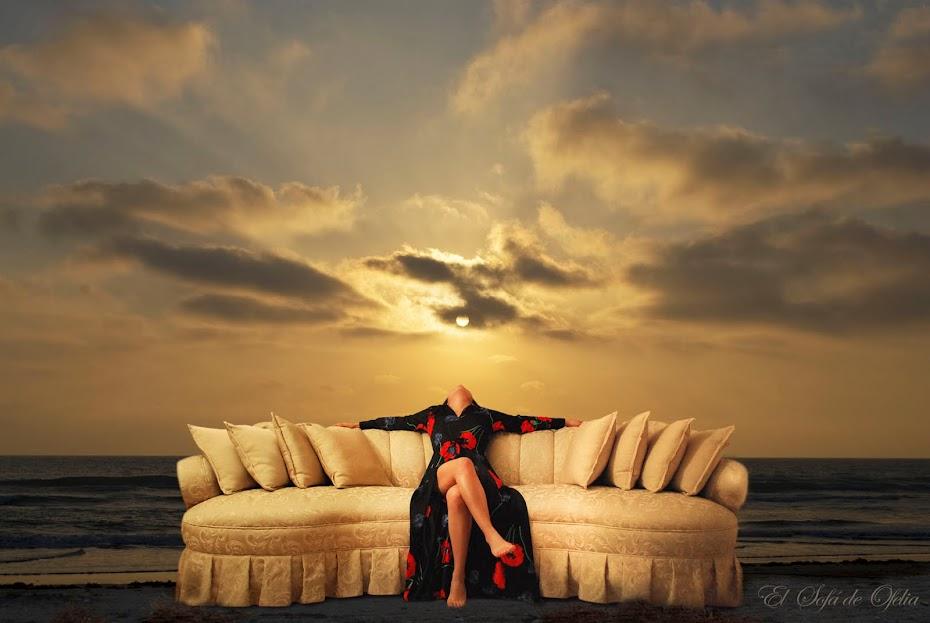 El sofá de Ofelia Morua