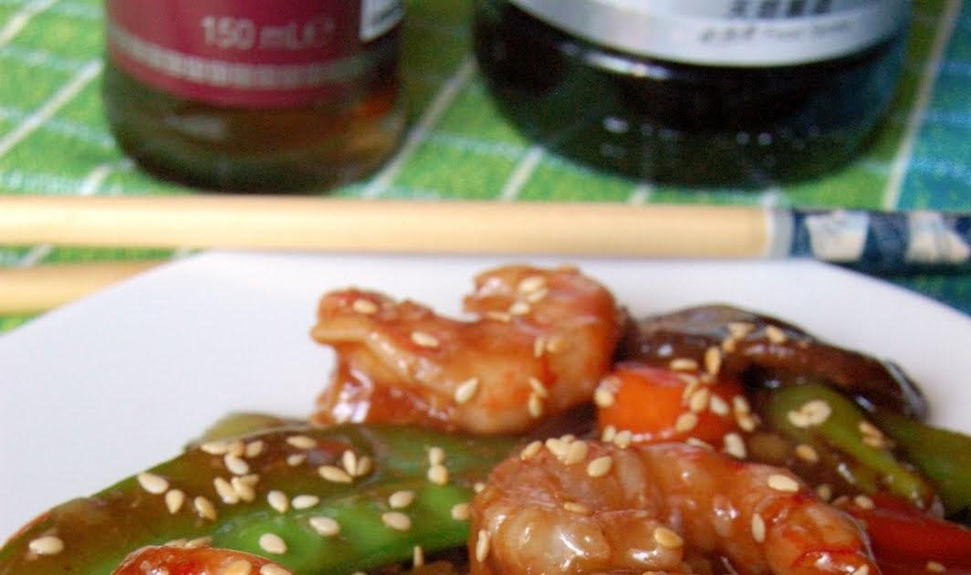 Cuadernos de cocina oriental 2 0 cocinar en casa con un for Cocinar wok en casa