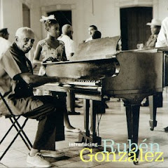 RUBEN GONZALES EXIMIO PIANISTA CUBANO