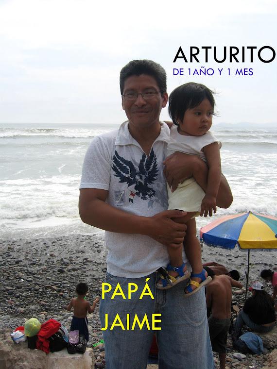 JAIME DEL CASTILLO Y SU PEQUEÑO ARTURO RAÚL EN DIA DE PLAYA - SAB 22/2/09