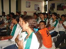Escola Civitas - Pesquisa sobre a Juventude