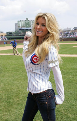marisa miller loves the cubs