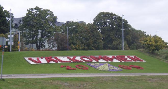 Även de som kommer till Oxelösund sent på året (26 sept) blir välkomnade med fräscha blommor!