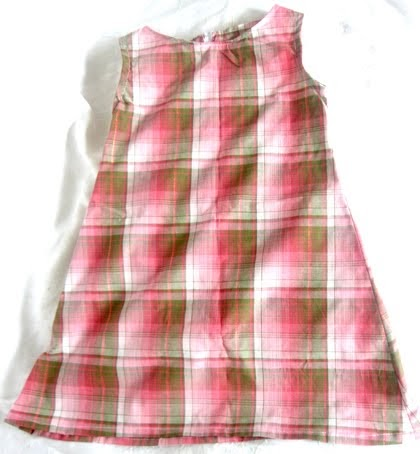 Knitted Dress Pattern For 2 Year Old : Janets Gems: FREE PATTERN, for a 2 year olds dress