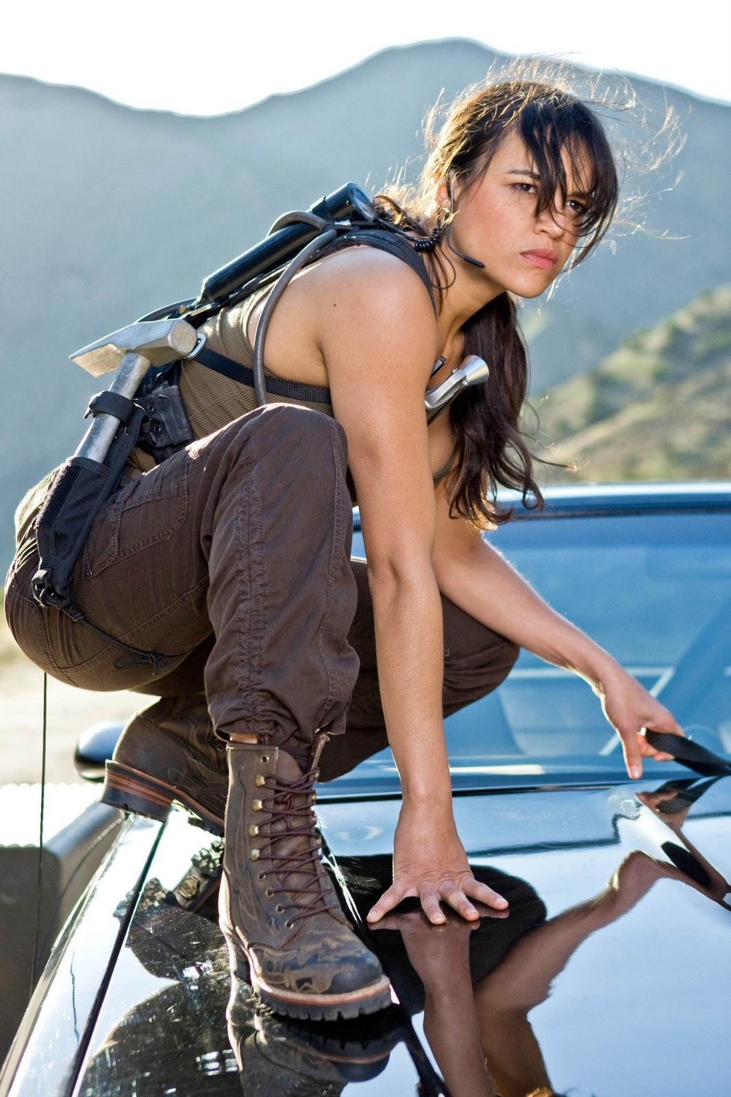 http://3.bp.blogspot.com/_kkG9LOCIFdw/S9fE71-azoI/AAAAAAAAAnY/BG3lGDCxilM/s1600/Michelle-in-Fast-Furious-michelle-rodriguez-4597922-1707-2560.jpg