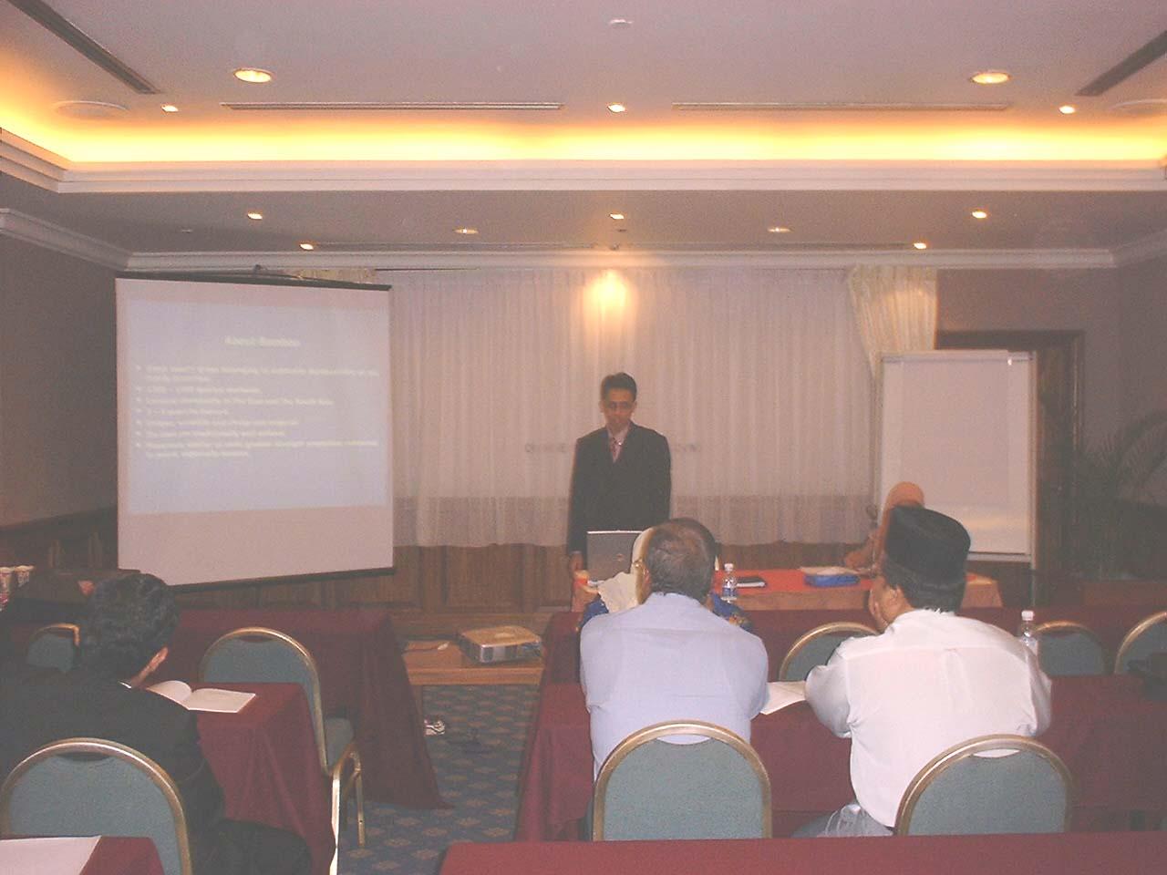 Delivering talk at CSSR Seminar, Kuching, Malaysia (2004)