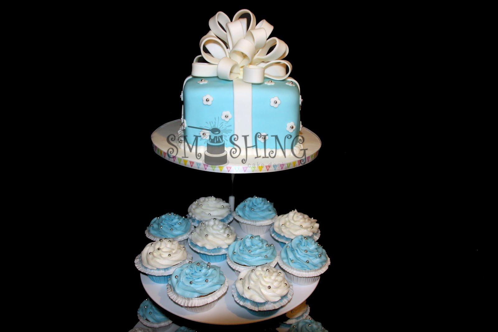 Baby Shower Cupcake Cakes Designs : Smashing Cake Designs: Blue and white baby shower cupcake ...