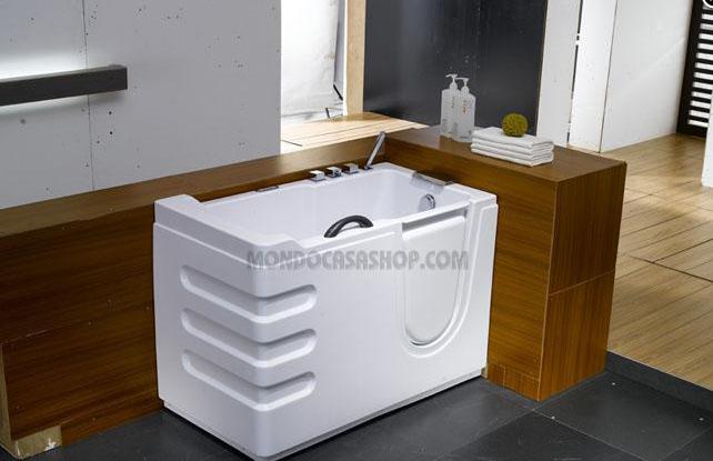 Arredamento bagno vasche ad accesso facilitato per for Arredamento casa per disabili
