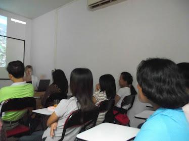 ผู้ปกครองที่เข้าร่วมฟังการแนะแนวศึกษาต่อในต่างประเทศ