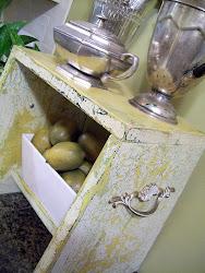 Craft Ideas Vintage Suitcase on Cottage Hill  Vintage Suitcase Ideas