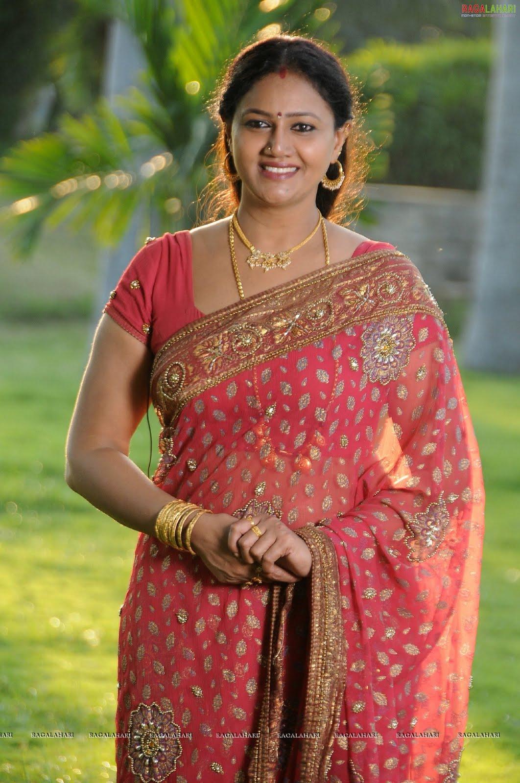 http://3.bp.blogspot.com/_knkKggAKHXs/TQHvEuN9XZI/AAAAAAAAF5w/jz0YQbugkn8/s1600/raksha-nagavalli-high-resolution10.jpg