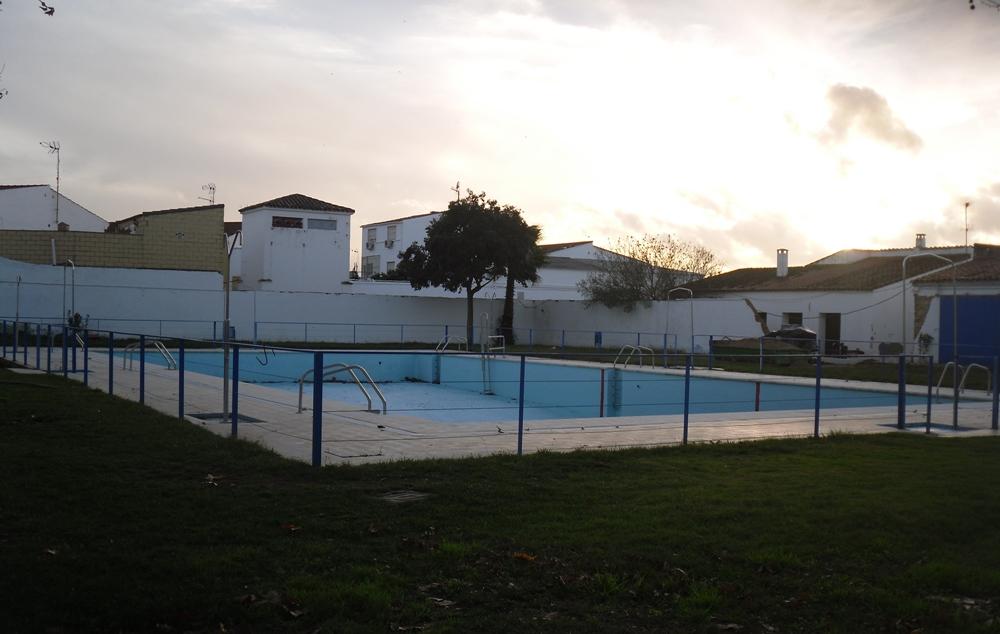 Valdelacalzada piscina municipal for Hablemos de piscinas