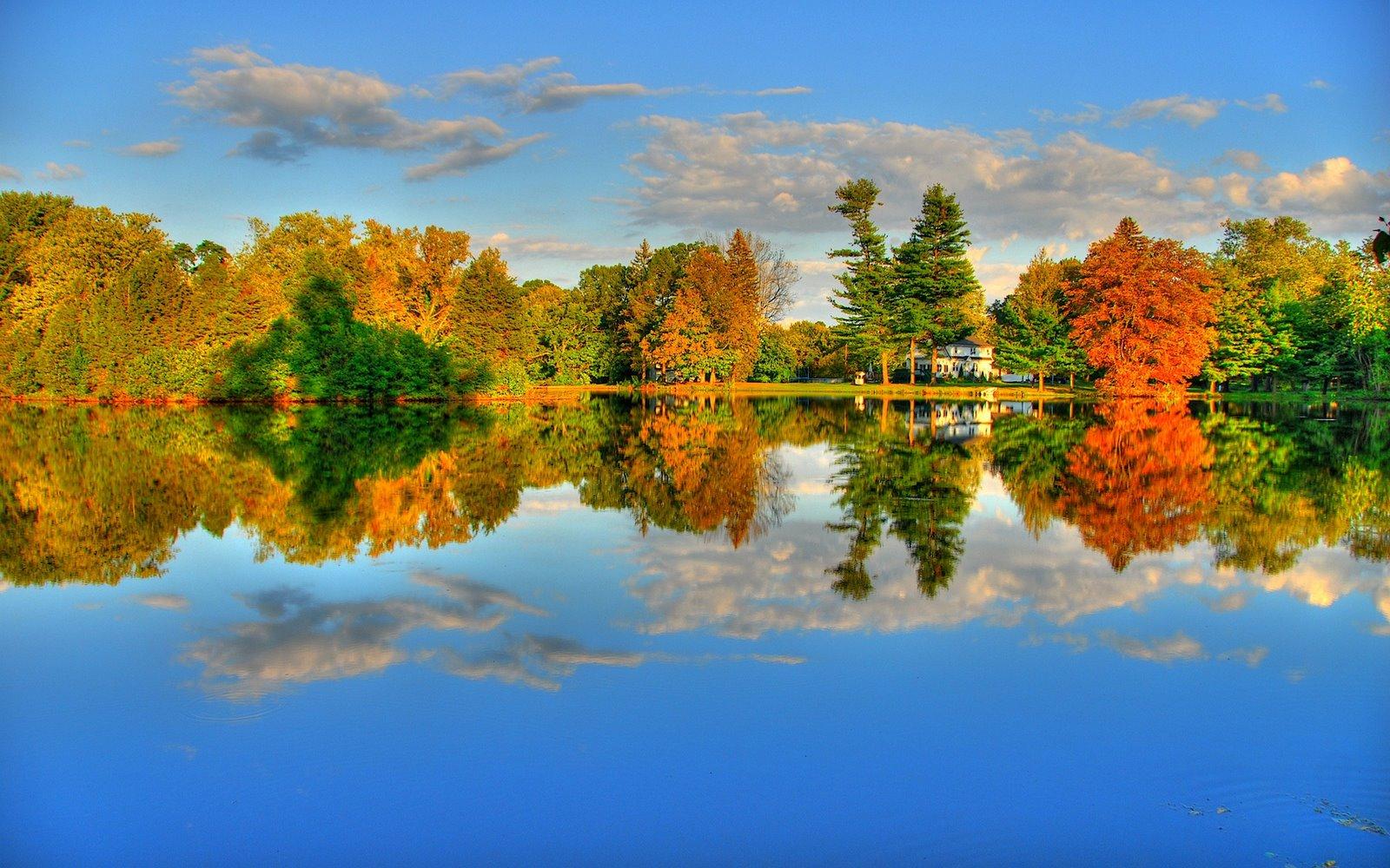 http://3.bp.blogspot.com/_kw1VD16J_Xw/SeCfiA2sP0I/AAAAAAAACUs/XVRmfP3PONY/s1600/Autumn_lake_1920%2Bx%2B1200%2Bwidescreen.jpg