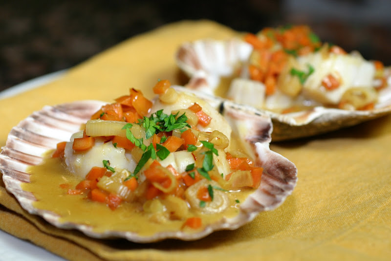The Italian Dish: Scallops in Saffron Sauce