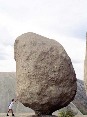 amazing-stones-20.jpg