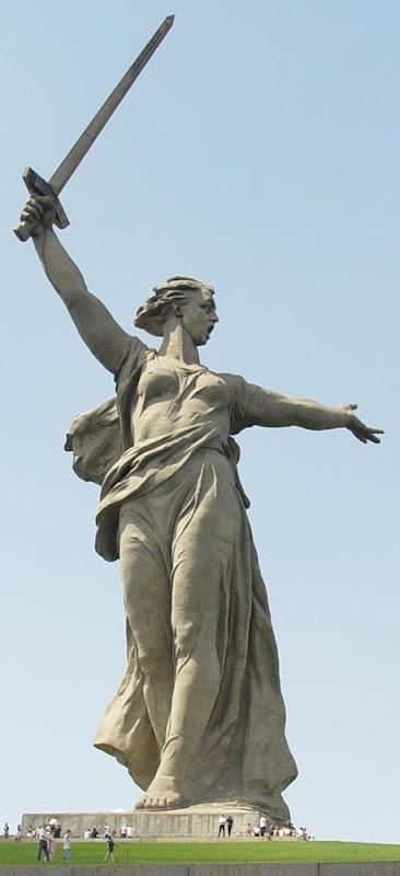 http://3.bp.blogspot.com/_kxPG6y8Qctk/SzT8XqTG5QI/AAAAAAAASXc/iYx5zR_QuGY/s800/Mother+Motherland+monument.jpg