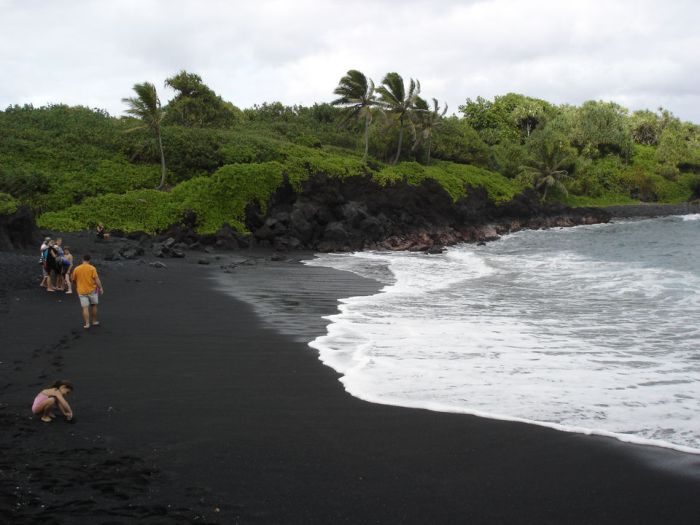 black sand beaches world 39 s strange places amazing photos