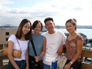 western girl dating a chinese man As i mentioned before, a stigma exists toward asian women who date western men, which also casts interracial dating in a poor light they are condemned as being social climbers, materialistic, and superficial.