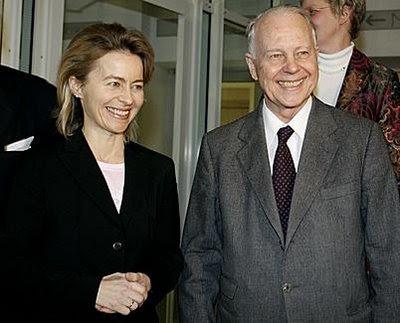 Zensursula und ihr Vater Ernst Albrecht