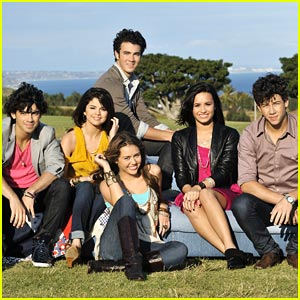 S2 Selly Demi Miley & Jonas S2