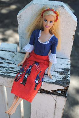 как сделать украшение для Барби