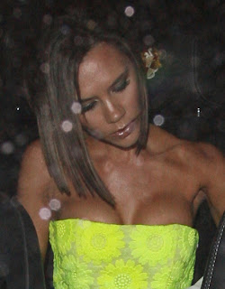 Victoria Beckham Big Cleavage