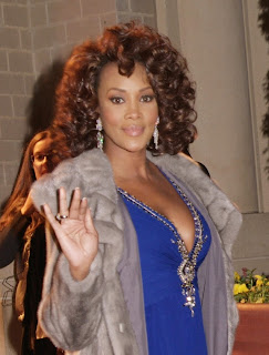 Vivica A, Fox Big Cleavage