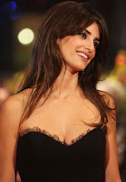 Penelope Cruz Big Cleavage