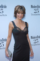 Lisa Rinna Cleavage Shots